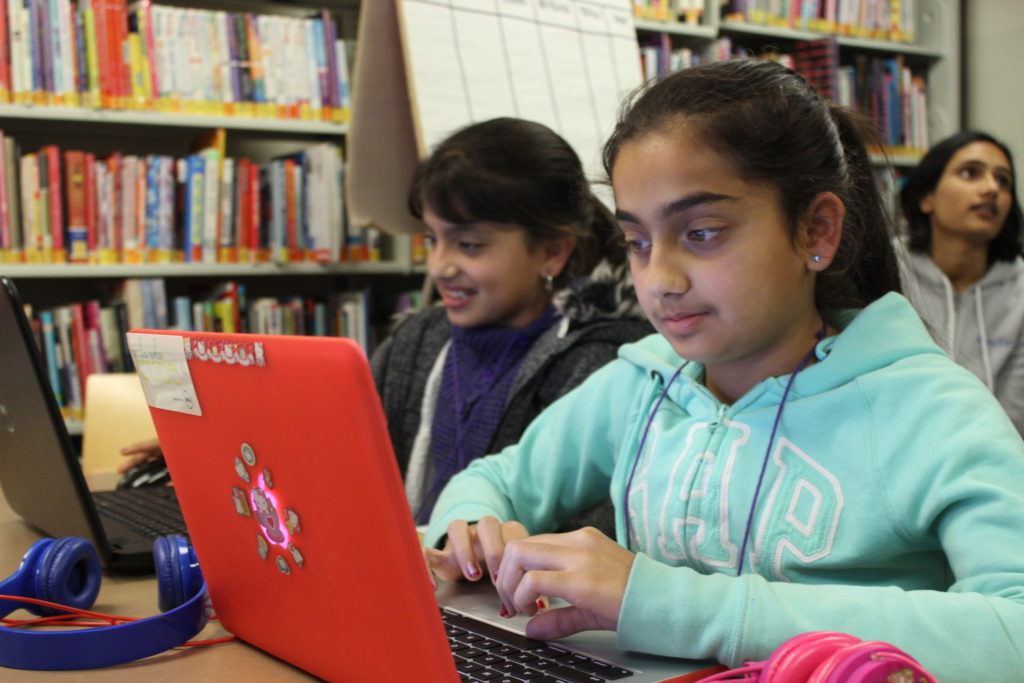 County Library Helps Girls Break Tech Barriers